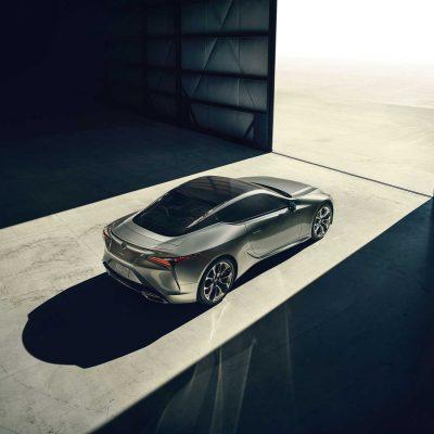 Lexus LC -He&Me